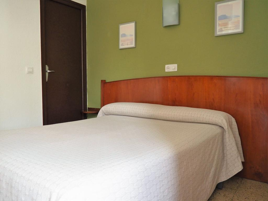 Economy Double or Twin room 4