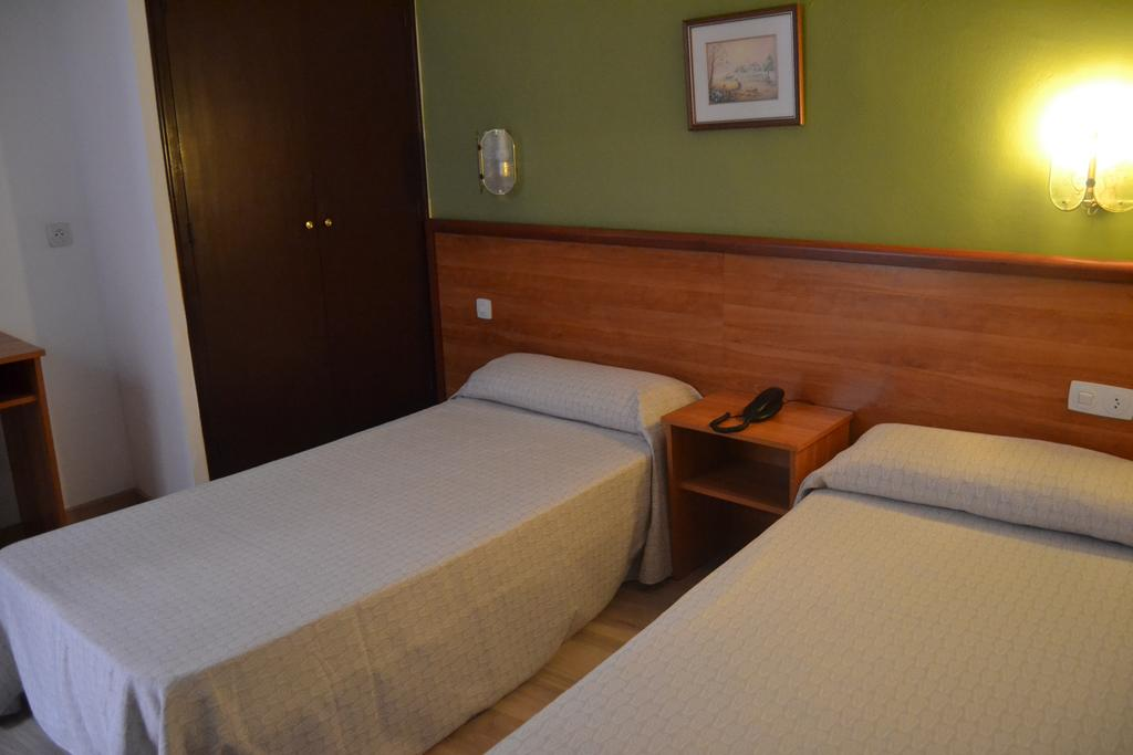 Economy Double or Twin room 3